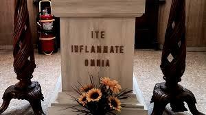 Ite Inflammate Omnia